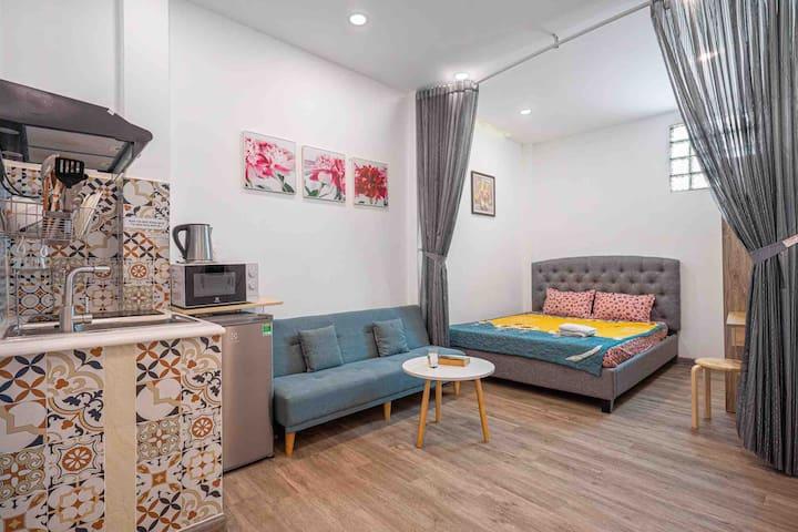 Central*FKitchen,Sofa bed+Queen Bed.Nice Bathroom