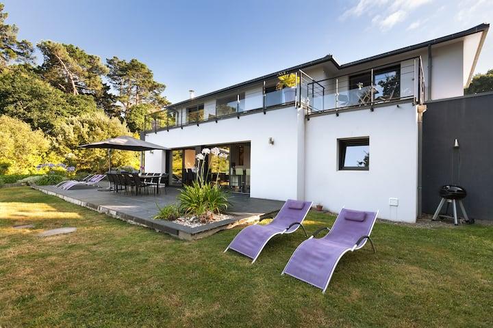 Villa neuve vue mer, proximité plage et thalasso