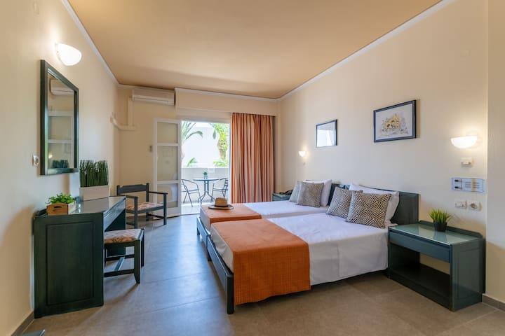 Standard Rooms | Malia Dedalos Hotel