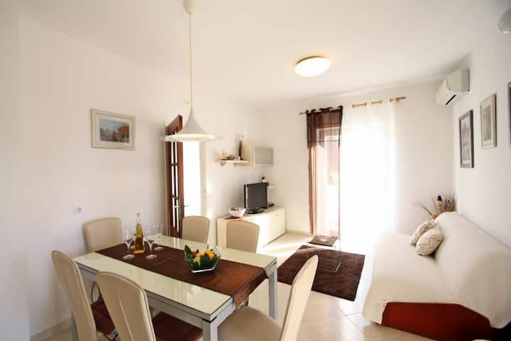 Apartments Gita - Two Bedroom Apartment With Terrace and Garden View