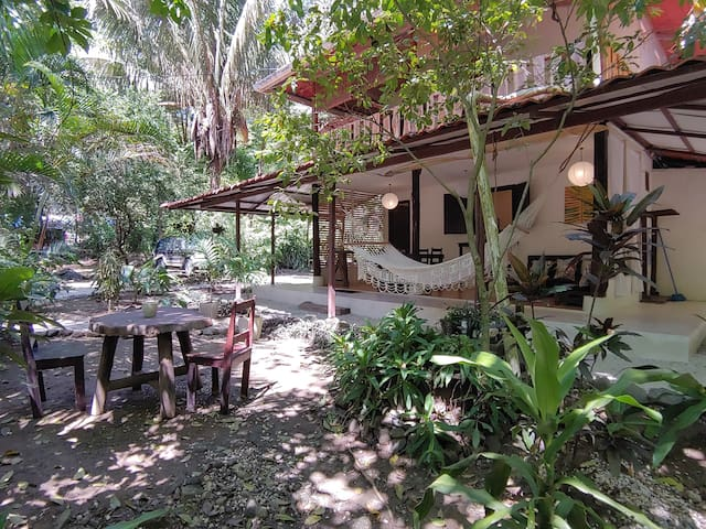 Great Location|House in Santa Teresa.Walk to Surf!