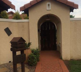 Casa la Gracia - house of Grace