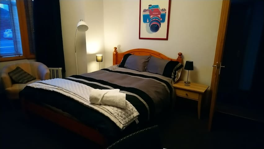Large Double Room -  Includes Self Serve Breakfast