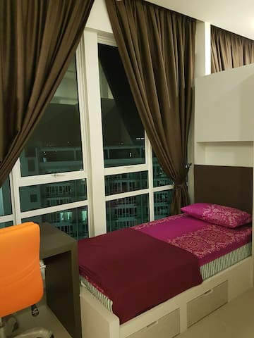 Putrajaya Cyberjaya (Single Room) - Cyberjaya - Bed & Breakfast