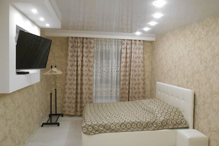 2-х комнатная квартира на Ленинградской 62 (центр)