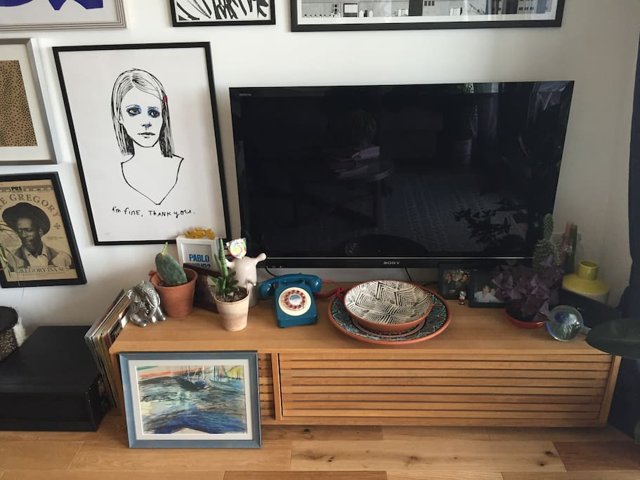 Large flat screen TV with Sky package, DVDs, Netflix and PS4