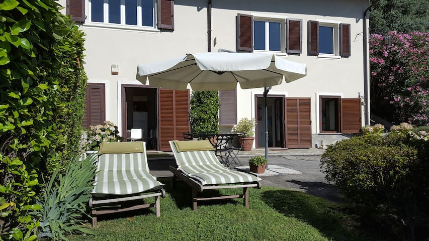 Romantic holiday on Lake Maggiore - Lesa - Apartament