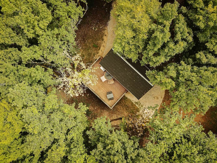 Cabane de 2 à 5 pers avec spa privatif-Perce-neige