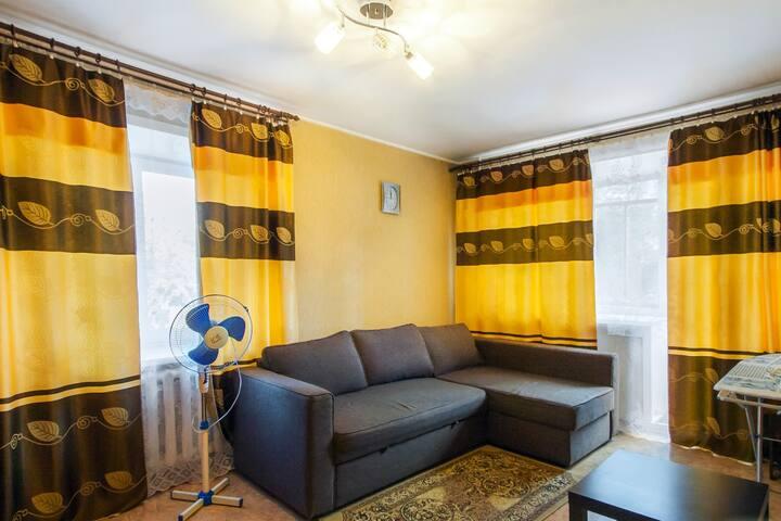 Уютная квартира в центре города - Kemerovo - Daire