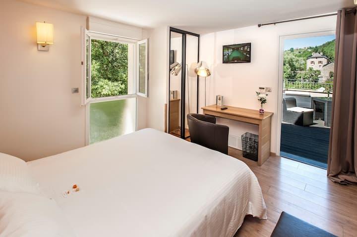 Hôtel Les 2 Rives: avec terrasse BB
