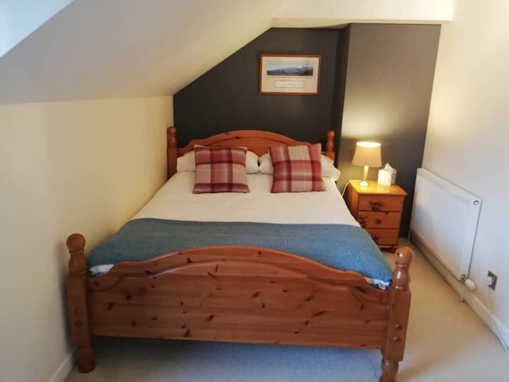 Fort William, Kingsize Bedroom with Kitchen