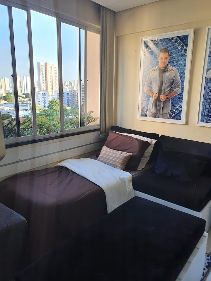Lindo apartamento no Bairro Aldeota próx. ao mar