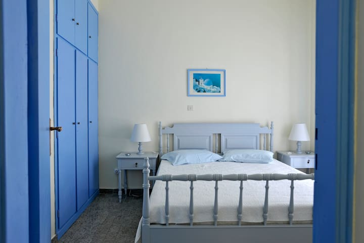 STUDIOS AGNANTI-Thalassa apartment - Naousa - Apartment