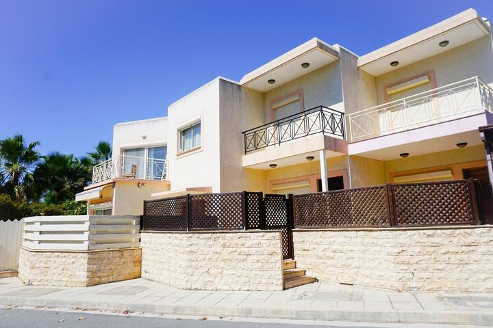 Villa Irene (Pyrgos - Limassol) - Private Villa in an Exclusive Development with Communal Swimming Pool & Tennis Court - 30 meters from the beach