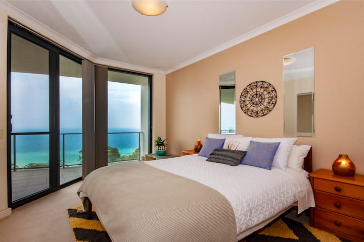 Perth WA. Ocean front  Penthouse  Apartment