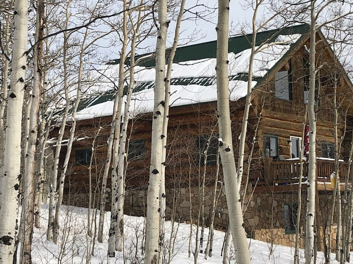 ҉  Stellar Log Home⭐️3 acre wood⭐️Ski, Relax&Explore