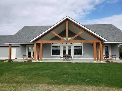 Vineyard View House