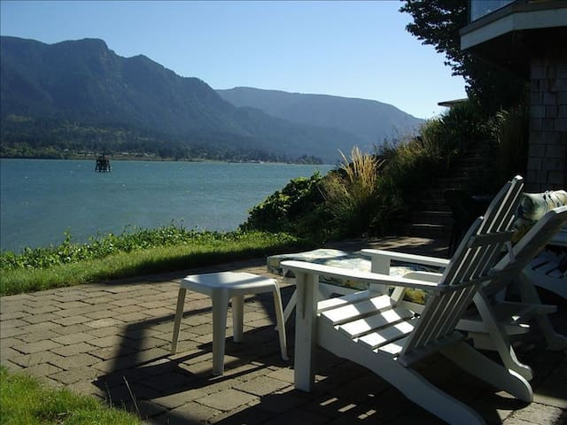 Columbia Gorge River House - Stevenson - Casa