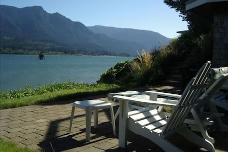 Columbia Gorge River House - Stevenson - Huis