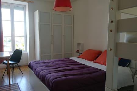 Appartement (72 m2) Idéalement placé.