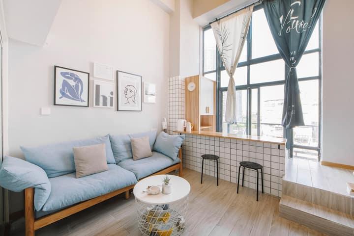 市中心南大街青果巷两居汉服公寓有浴缸双卫投影仪