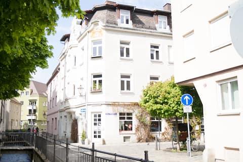 #2 AUGSBURG Zentrum: einzigartige Altstadtwohnung