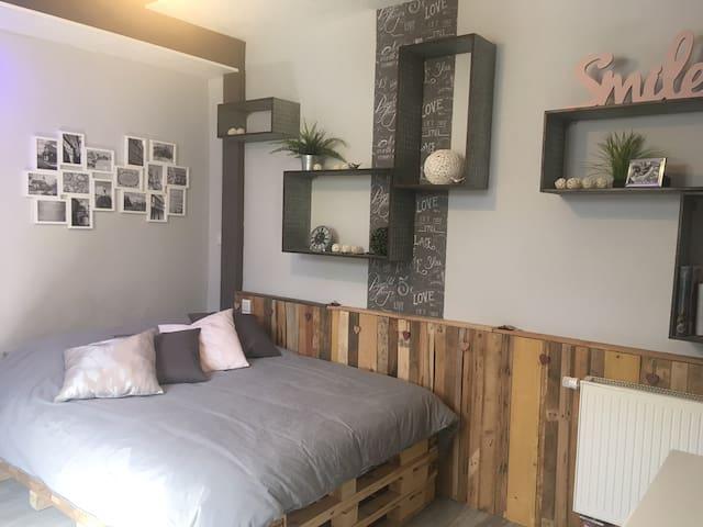 Le nid de cigognes, chambre avec sdb indépendante