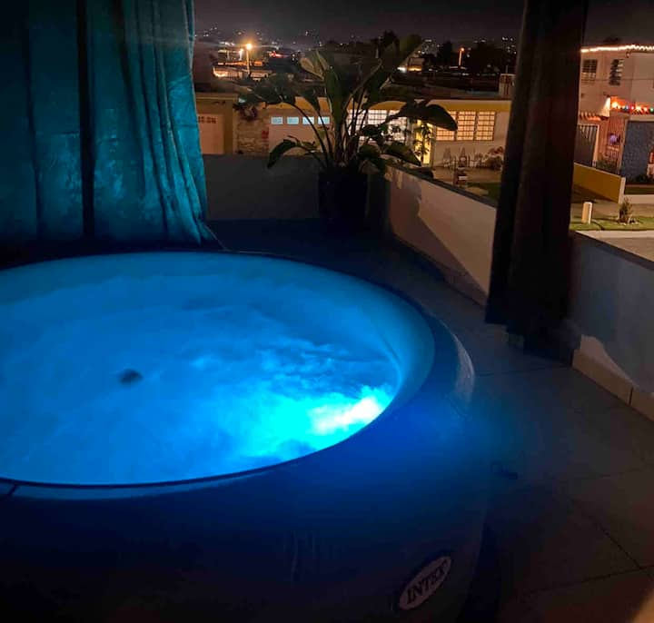 PoweredBySun-Catalino'sAptInCarolina+BubbleJacuzzi