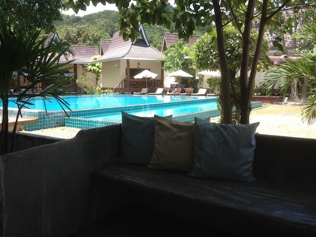 PhiPhi Villa resort, Phi Phi island - Tambon Ao Nang - Apartmen