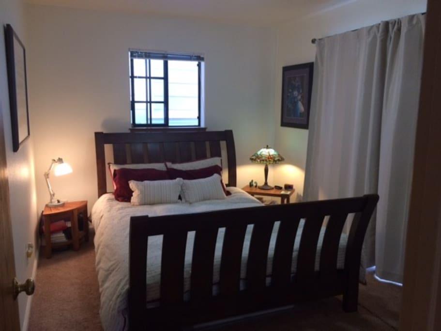 Master bedroom w/ Organic Queen Bed