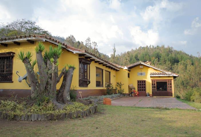 Habitación Casa en la montaña Tenjo, Cundinamarca - Tenjo - House