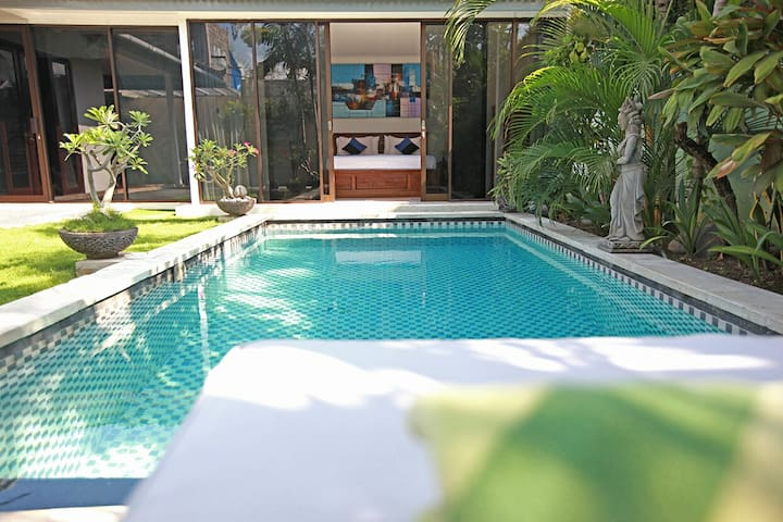 SEMINYAK III - Book 2 Bedroom Private Pool Villa