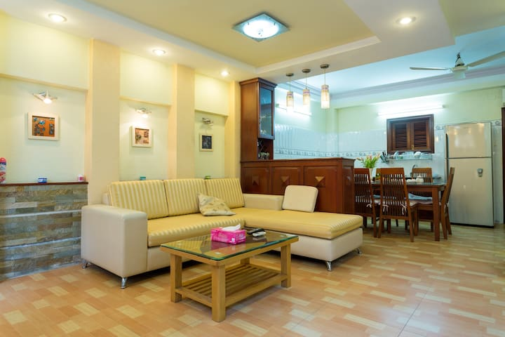 Convenient 2 in HCM City by Tan Son Nhat Airport - Ho Chi Minh City - House
