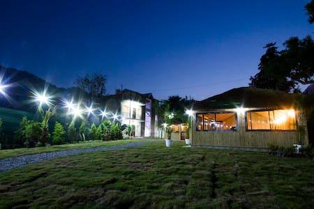 Hotel Chandra Palace - Jantuwal Gaon - Overig