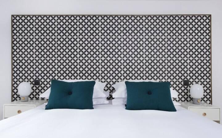 Ranol East (Deluxe Bedroom)