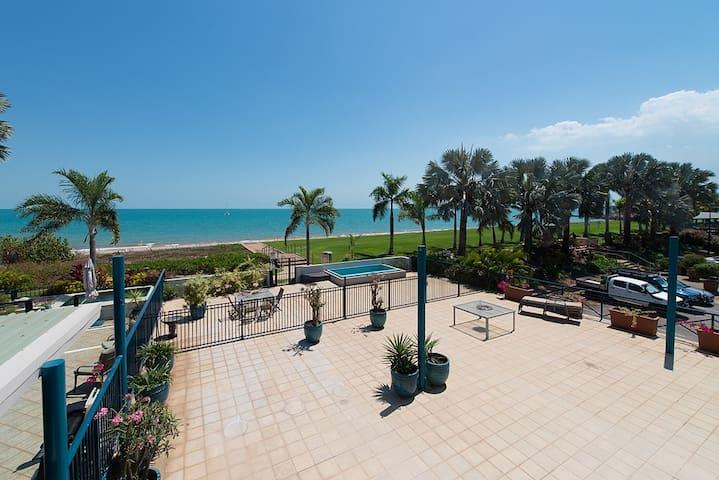 Seaview Deluxe Villa