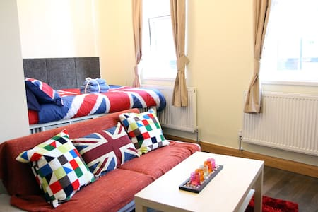 New Central London Studio, Perfect for Holiday