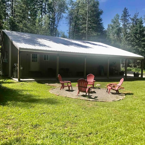 Rural Retreat- Close to Silverwood, Pet Friendly