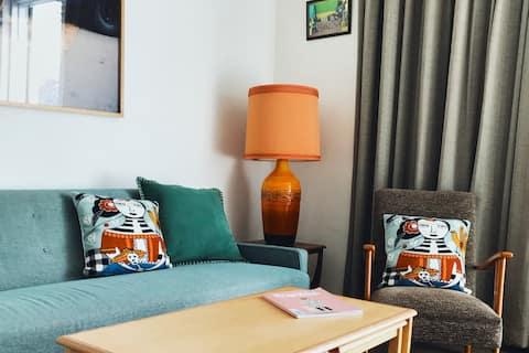Lys og stilfuld to-værelses St Kilda lejlighed