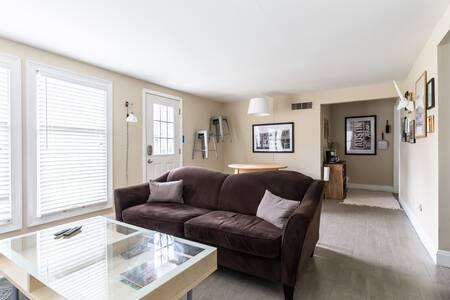 Private Split Level Home - Dallas