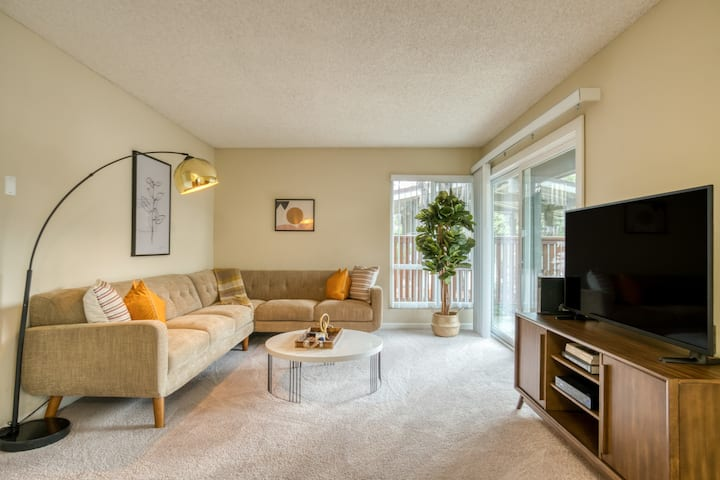 Centrally Located 1BR in Mountain View