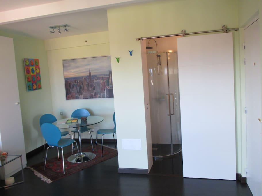 Moderno estudio muy cerca de loro parque flats for rent for Estudio puerto de la cruz