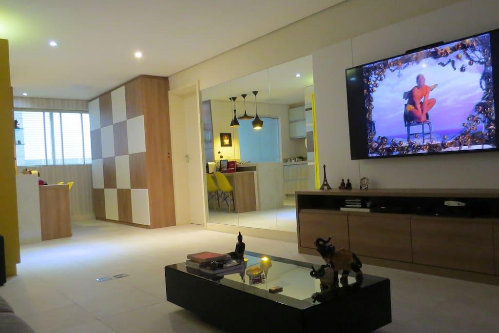 Sala com 2 ambientes e home office