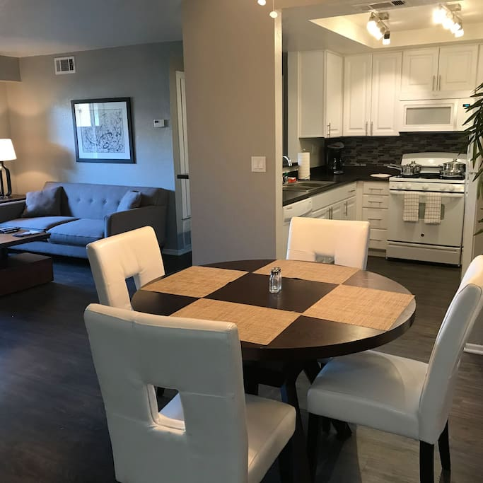 Living space and dining for 4