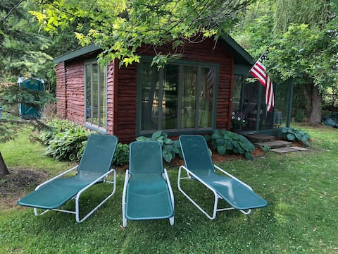 Dick's Cabin at the Eagles Roost Trout Farm