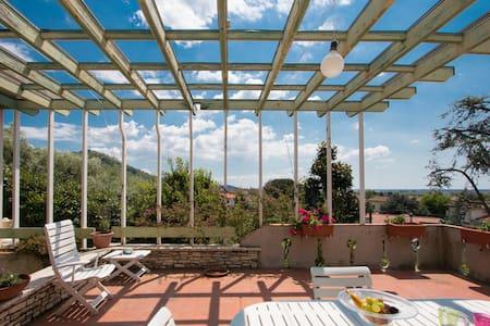 Casa Margherita: mare, lago e arte - 马萨罗萨(Massarosa) - 独立屋