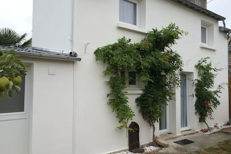 ERQUY C. : Gîte+Jardin 3/6 pers à 5 mm de la Plage - Erquy - Rivitalo