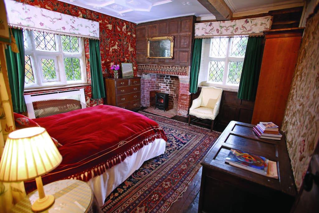 First floor: Panelled Thatcher Suite master bedroom with 6' bed