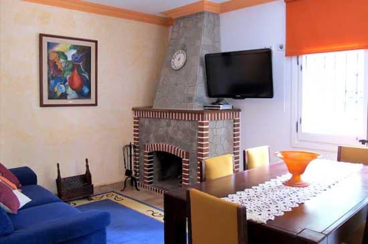 Tu apartamento de montaña con piscina - Sant Llorenç de Morunys - Apartament