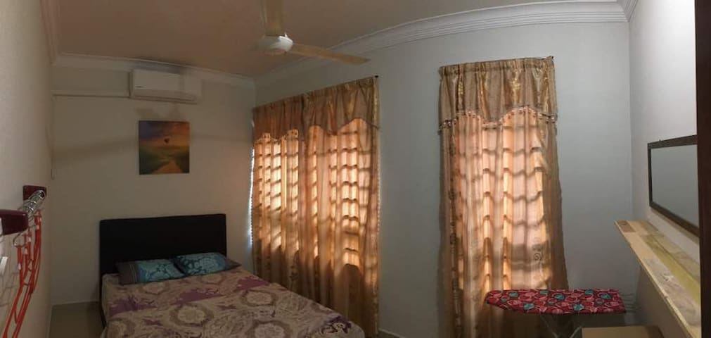 Queen Size Bedroom with Aircondition